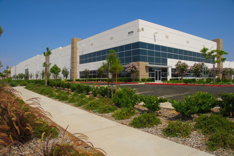 Centerpointe Consists Of 6 Concrete Tilt Up Warehouse Buildings Totaling  2.1 Million Square Feet. Fullmer Completed The Project In Moreno Valley For  Ridge ...